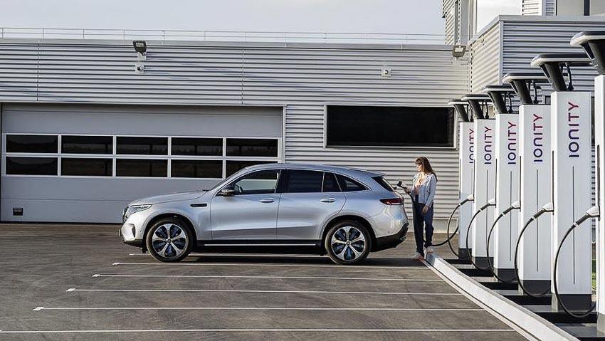 Crossover điện Mercedes-Benz EQC chính thức ra mắt thế giới