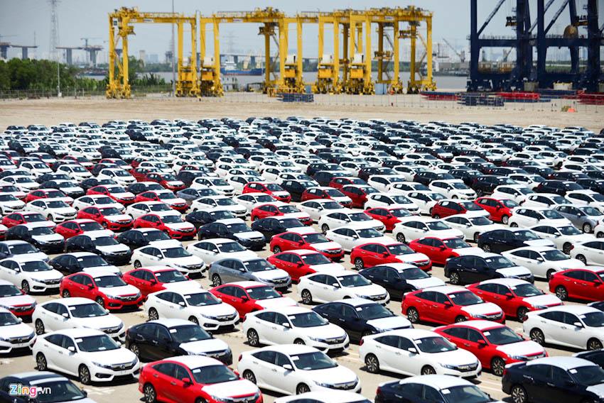 Hơn 9.000 ôtô nhập khẩu về Việt Nam trong tháng 8, chủ yếu từ Thái Lan