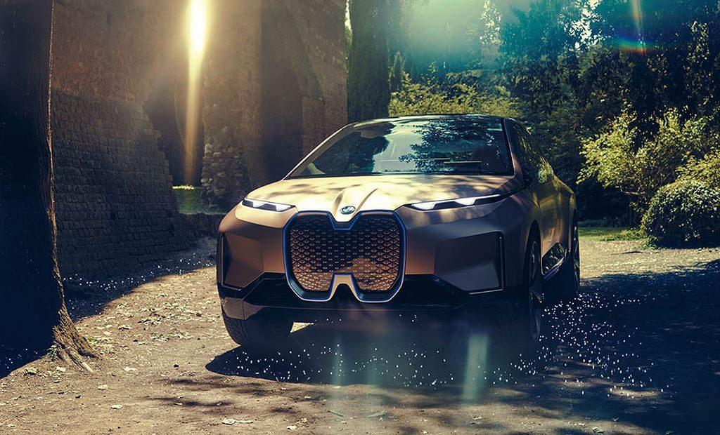 Hé lộ hình ảnh đầu tiên concept xe điện BMW Vision iNext