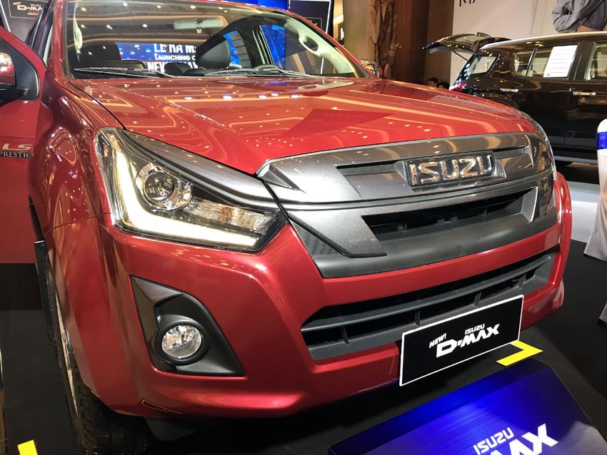 Isuzu Việt Nam ra mắt mu-X và D-MAX 2018: nâng cấp thiết kế, trang bị động cơ Blue Power mới