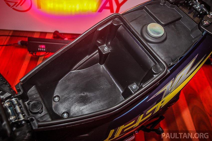 xe-tay-ga-co-nho-Benelli-VZ125i