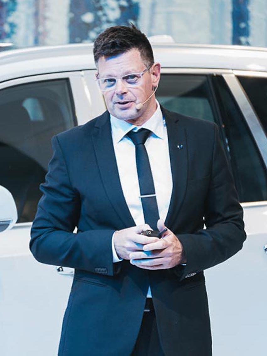 Ông Jonathan Disley – Phó chủ tịch thiết kế Volvo APAC