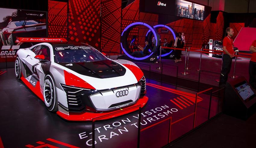 30-mau-xe-hang-dau-tai-Audi-Brand-Experience-2018-7