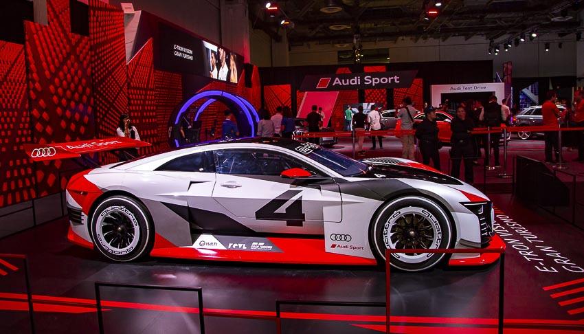 30-mau-xe-hang-dau-tai-Audi-Brand-Experience-2018-8