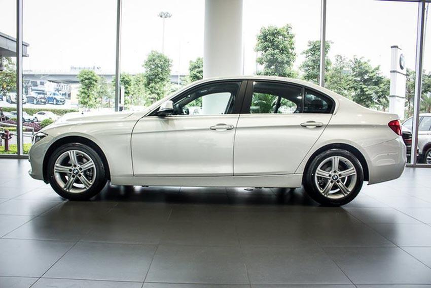 BMW-320i-doi-moi-chot-gia