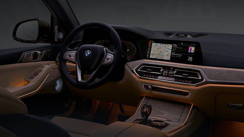 BMW-X7-xDrive40i-2019-phien-ban-danh-cho-thi-truong-Viet-13