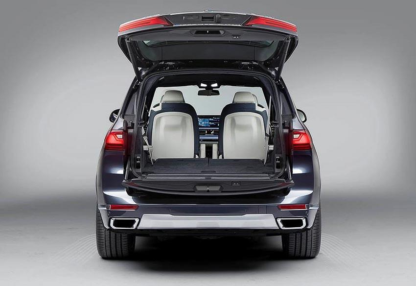 BMW-X7-xDrive40i-2019-phien-ban-danh-cho-thi-truong-Viet-22