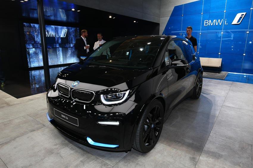 BMW-i3-2019-nang-cap-cong-nghe-pin-Paris-Motor-Show-2018-9