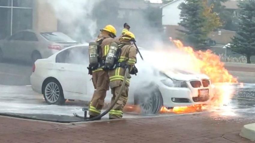 BMW-trieu-hoi-xe-vi-su-co-chay-no