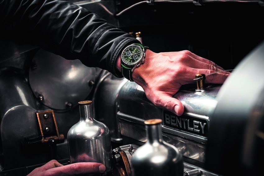Bentley-cung-Breitling-hop-tac-san-xuat