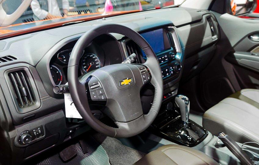 Chevrolet-Colorado-Storm-ban-gioi-han-VMS-2018