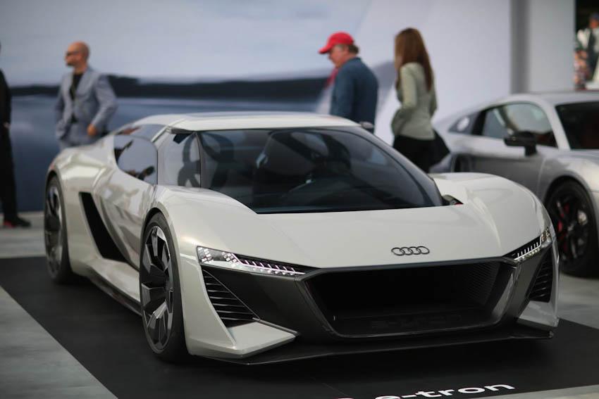 Hai-mau-xe-VinFast-lot-Top-10-Concept-an-tuong-tai-Paris-Motor-Show-7