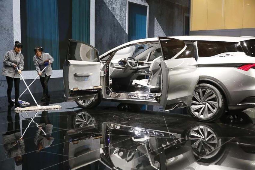Hang-xe-Trung-Quoc-nup-bong-BMW-va-bai-hoc-nao-chp-VinFast-2