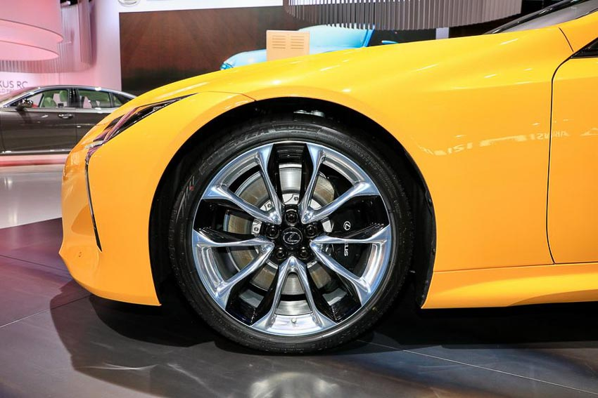 Lexus-LC-Yellow-Edition-tai-Paris-Motor-Show-2018-2