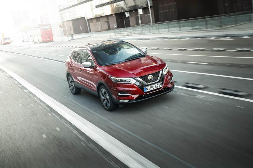 SUV-co-trung-ban-chay-nhat-Nissan-Qashqai-nang-cap-4