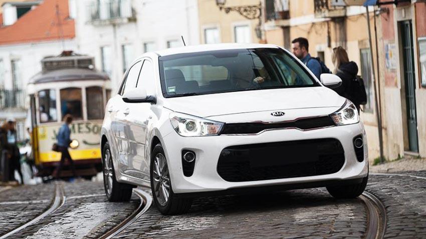 Top-10-xe-sedan-tot-nhat-nam-2018-9