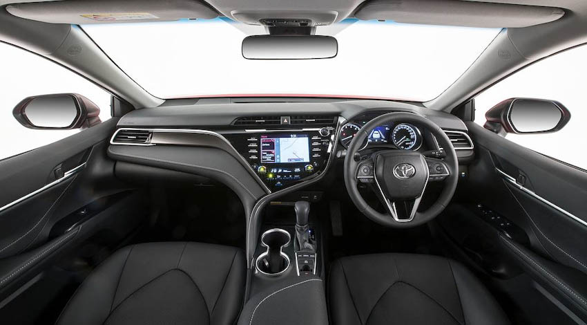 Toyota-Camry-the-he-moi-5