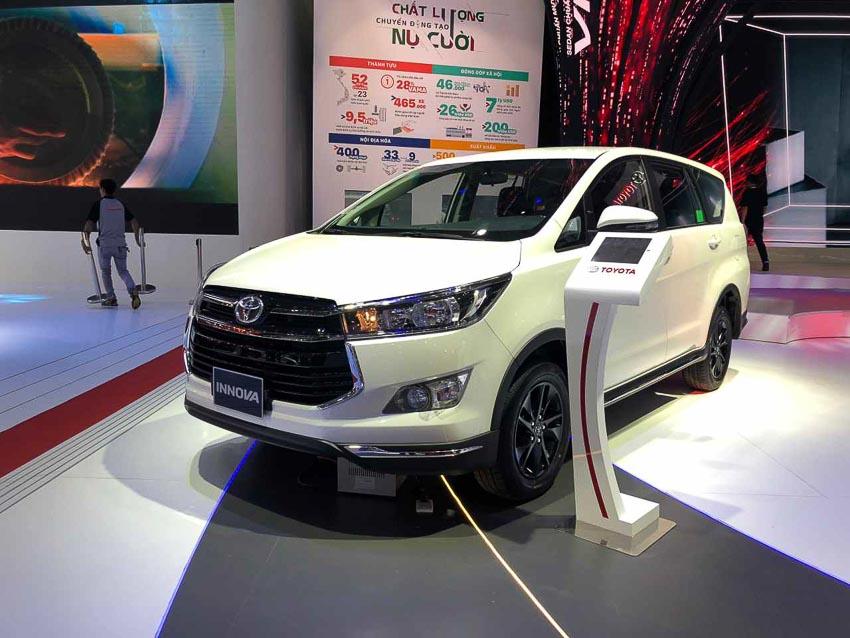 Toyota-gioi-thieu-Innova-2018-moi-4