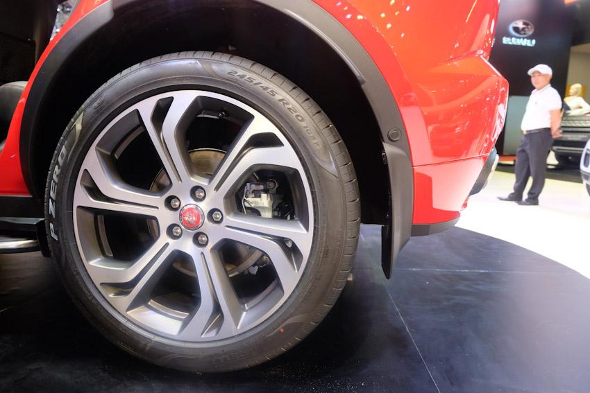 Jaguar-Land-Rover-chinh-thuc-ra-mat-Jaguar-E-PACE