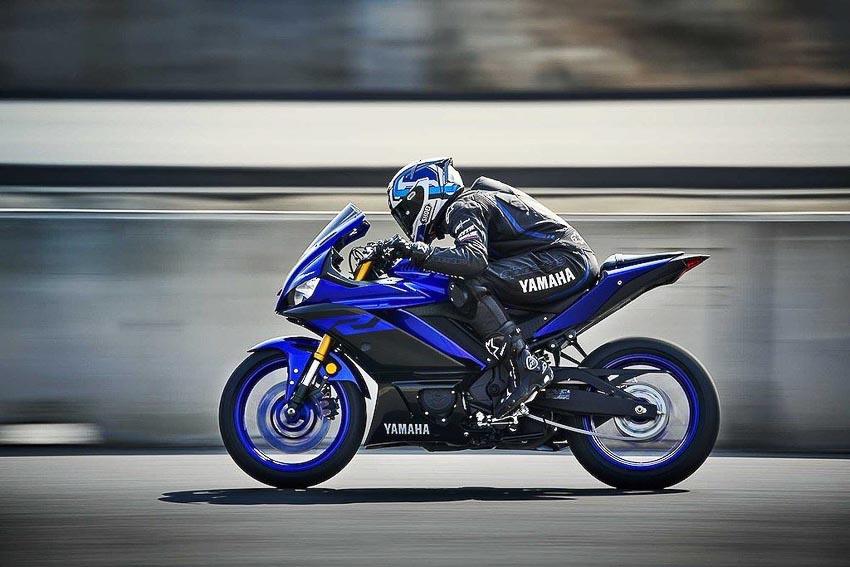 Yamaha-R3-2019-va-Yamaha-R25-2019-12