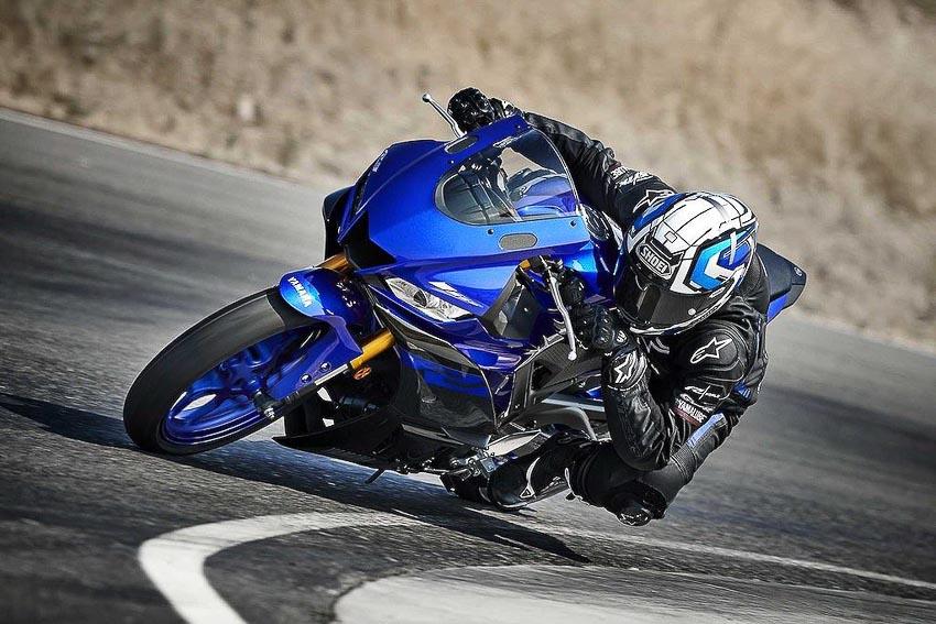 Yamaha-R3-2019-va-Yamaha-R25-2019-15
