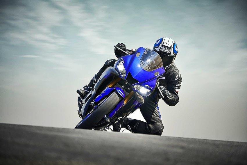 Yamaha-R3-2019-va-Yamaha-R25-2019-16