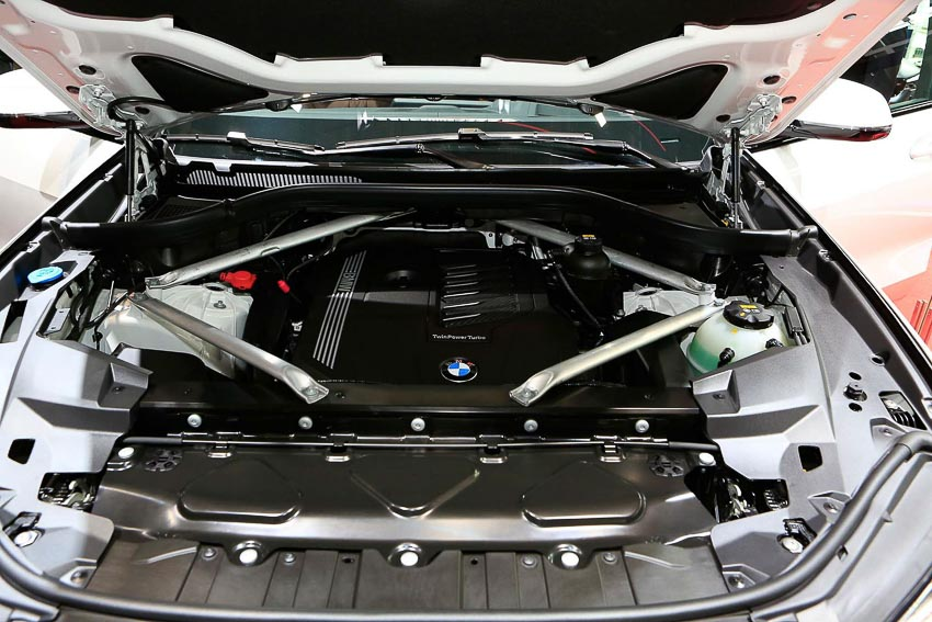 can-canh-BMW-X5-2019-G05-tai-Paris-Motor-Show-2018-14