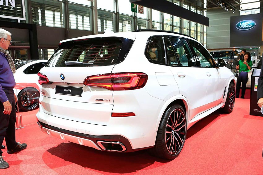can-canh-BMW-X5-2019-G05-tai-Paris-Motor-Show-2018-18