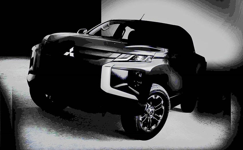 xe-ban-tai-Mitsubishi-Triton-2019
