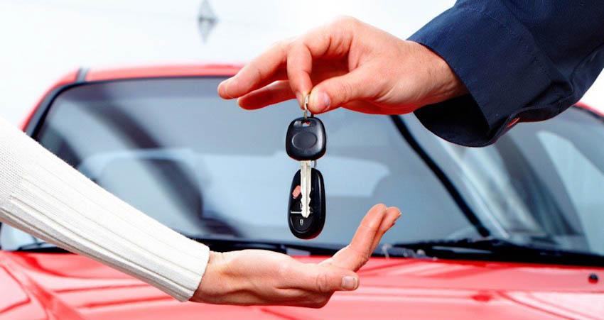 Trao chìa khóa xe ôtô