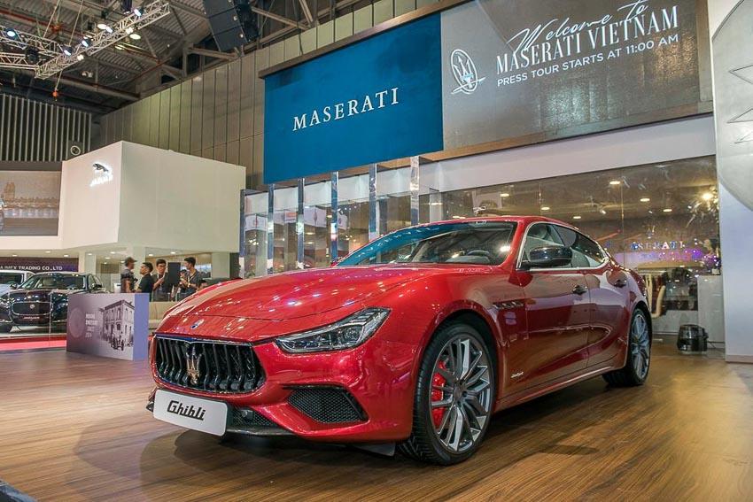 Maserati Ghibli Gransport 2018 6