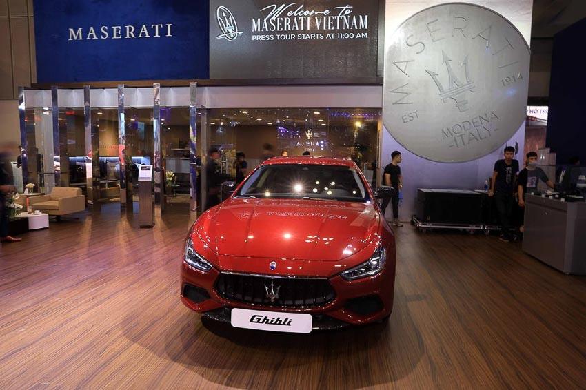 Maserati Ghibli Gransport 2018 8