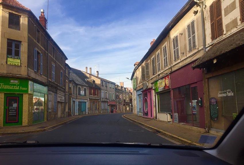 Du lịch châu Âu bằng xe thuê và xe tự lái 1