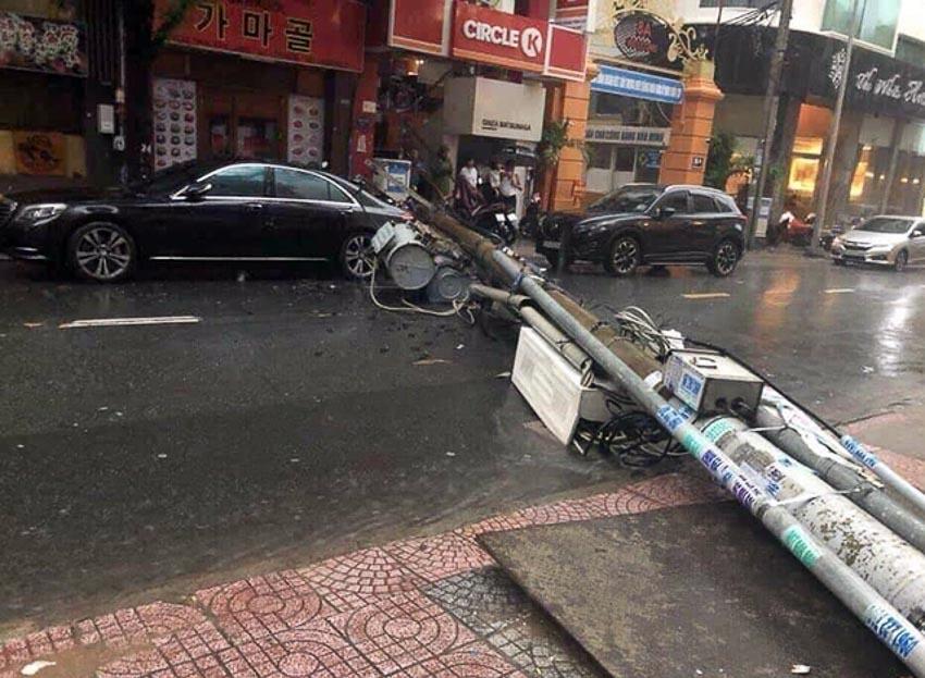 xe chết máy sau cơn bão số 9 11