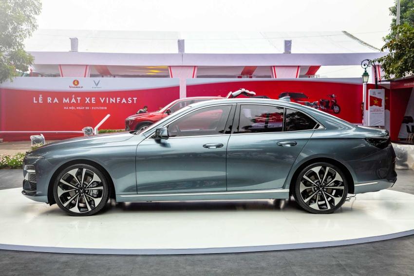 Sedan Lux A2.0 giá 800 triệu