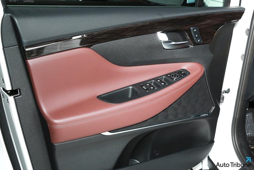 Nội thất Hyundai Santa Fe 2019 phiên bản Inspiration 4