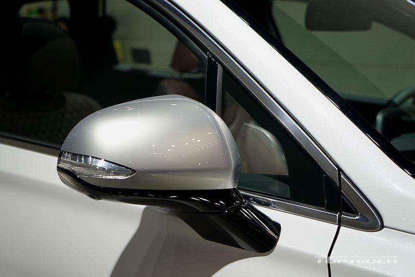 Gương chiếu hậu xe Hyundai Santa Fe 2019 phiên bản Inspiration