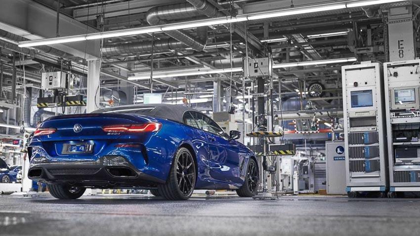 Phần đuôi xe BMW 8 Series Convertible 2019 2