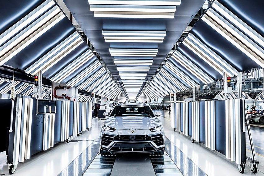 nhà máy sản xuất siêu SUV Lamborghini URUS 11