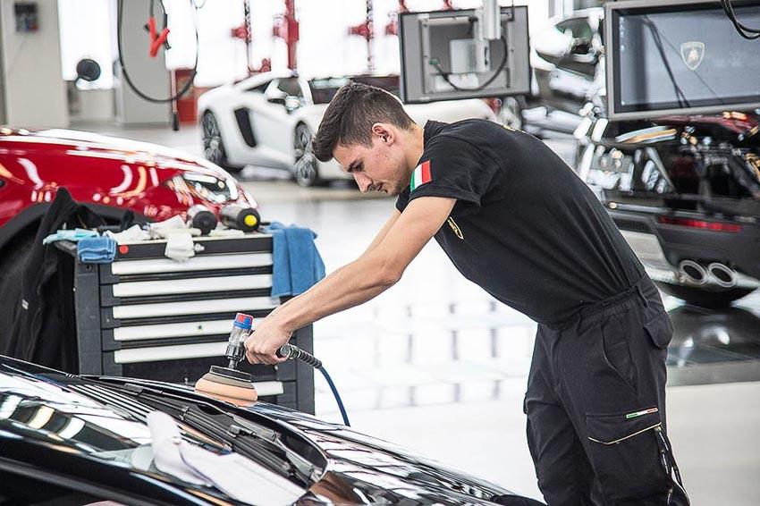 nhà máy sản xuất siêu SUV Lamborghini URUS 14
