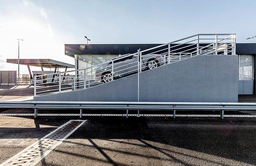 nhà máy sản xuất siêu SUV Lamborghini URUS 18