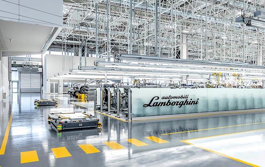 nhà máy sản xuất siêu SUV Lamborghini URUS 22
