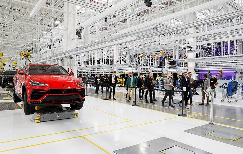 nhà máy sản xuất siêu SUV Lamborghini URUS 6