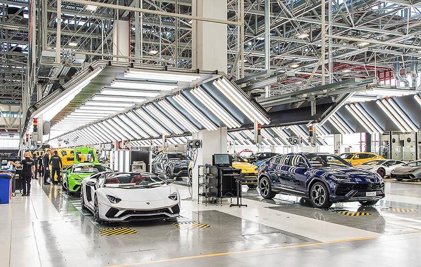 nhà máy sản xuất siêu SUV Lamborghini URUS 9