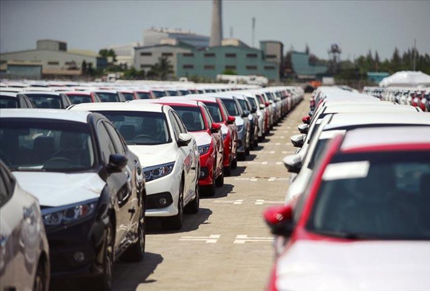 ôtô nhập khẩu về Việt Nam 2