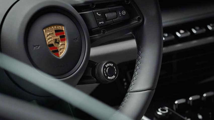 Nội thất Porsche 911 thế hệ mới 4