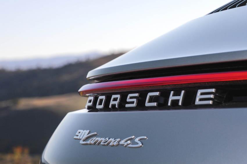 Ngoại thất Porsche 911 thế hệ mới 2