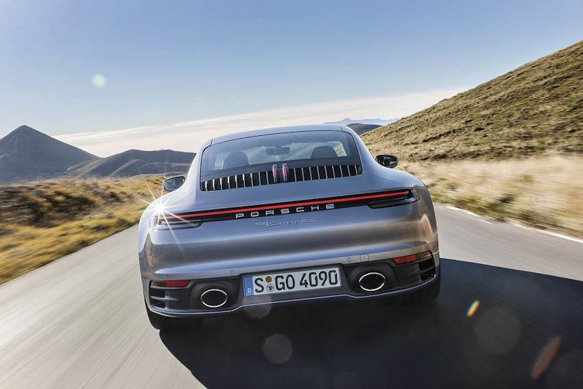 Ngoại thất Porsche 911 thế hệ mới 8