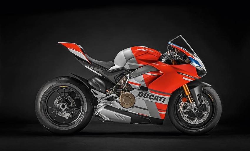 Ducati Panigale V4 R 4