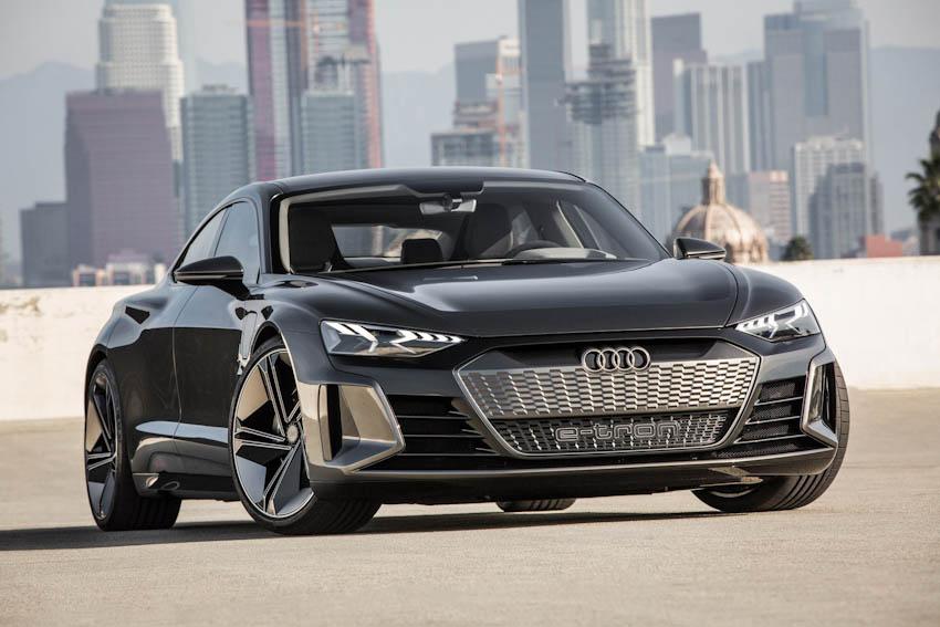 Audi e-tron GT 12